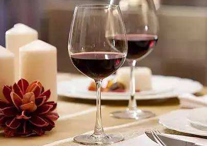 怎样自己做葡萄酒